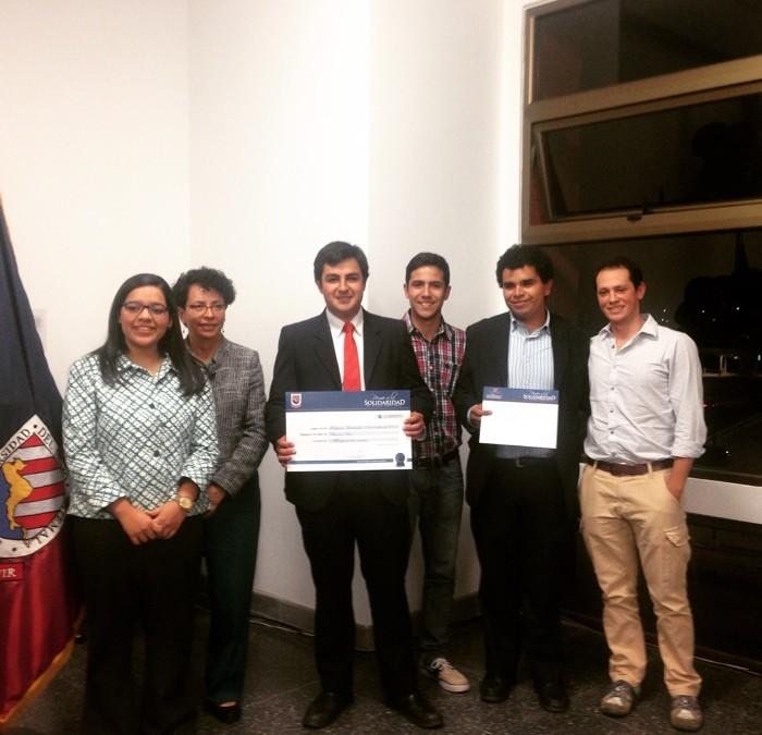 Uno con Uno obtiene premio a la solidaridad en la Universidad del Istmo